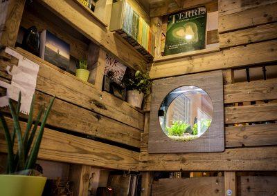 Meuble-combine-cuisine-bar-bureau-bibliotheque-par-Ambiance-Palette-(4)