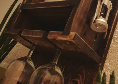 Cave à vin murale, etagere à bouteilles en bois par Ambiance Palette (4)